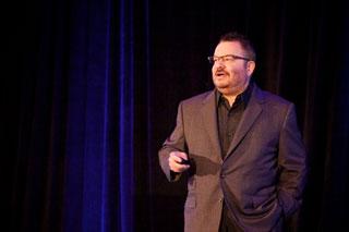Photo of Jeffrey Zeldman onstage.